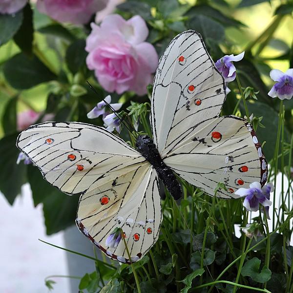 Butterfly Stick Oriental - White