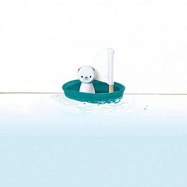 Segelbåt med Isbjörn