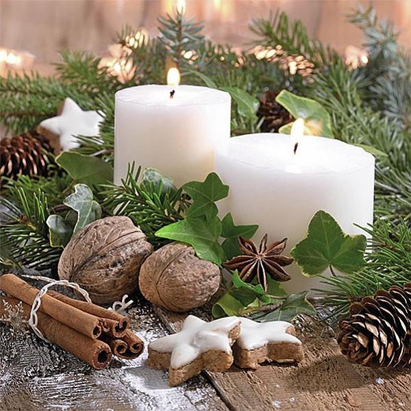Servetter White Candles