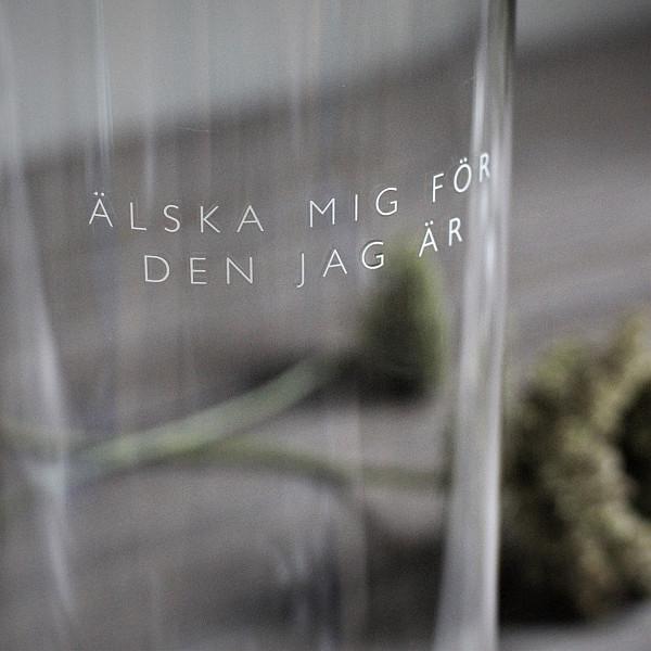 Majas Candle Holder Älska mig - Memorial Lantern Josefin Nilsson