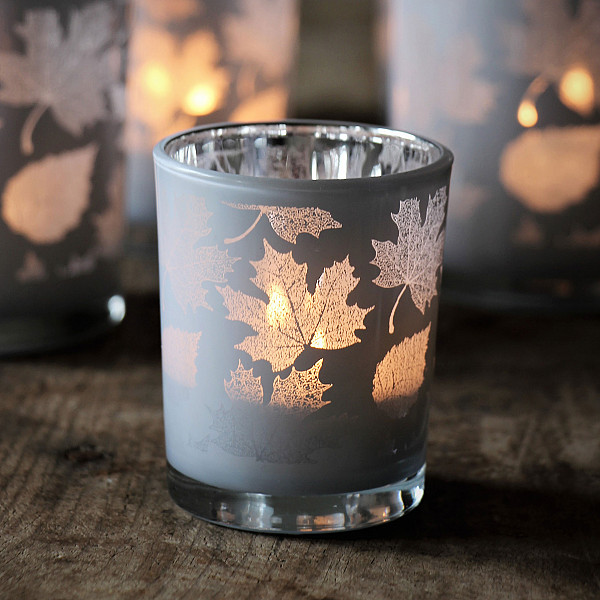 Majas Candle Holder Leaves White / Silver - Small
