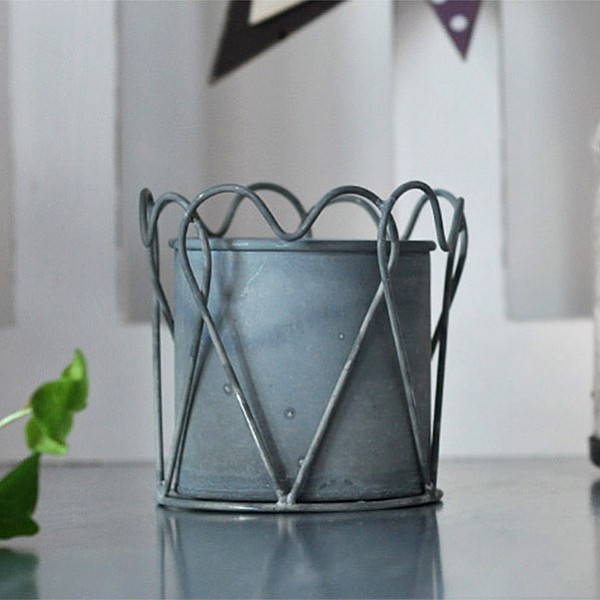 Zinc Pot Heart - Small