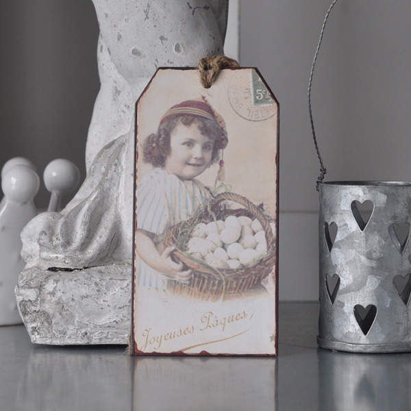 Gift Tag - Girl with Eggs in basket