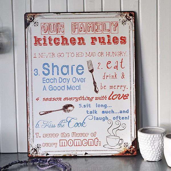 Plåtskylt Our Family Kitchen Rules