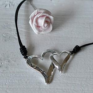 Halsband Två Hjärtan