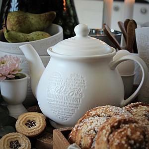 Majas Teapot Kärlek & Fika