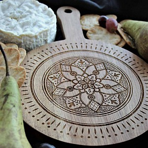 Majas Cutting Board Emblem