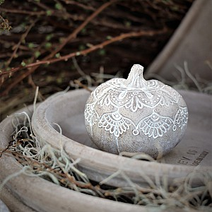Majas Pumpa Mandala Whitewash