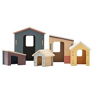 Kinderkonzept-kleine Holzhäuser stellten Edvin ein