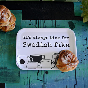 Bricka Swedish fika