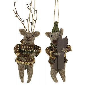 Roe Deer with skis set of 2