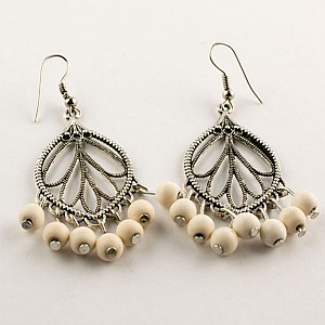Earrings Creme